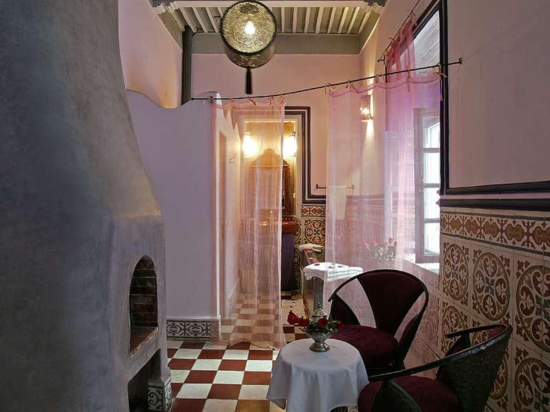 Riad casa lila spa book casa lila spa riad in - Chambre rose poudre ...