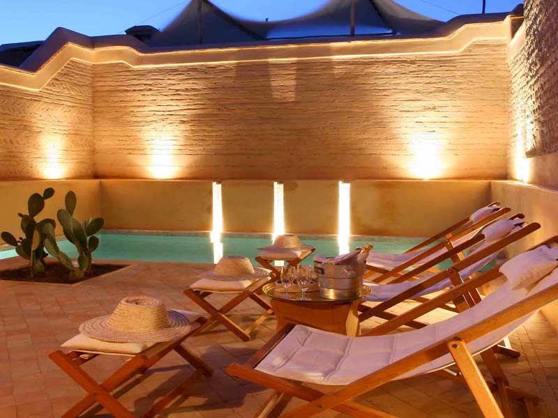 Riad dar housnia book dar housnia riad in marrakech for Riad piscine privee marrakech